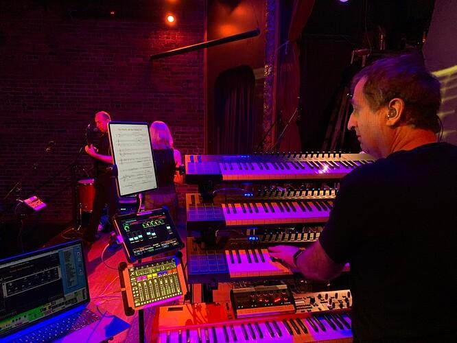 David-Jameson-live-performance